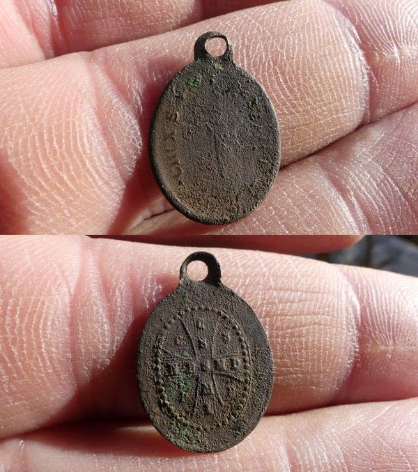 Medaille de Saint Benoit ou Medaille des Sorciers XIX ième 369bb10b