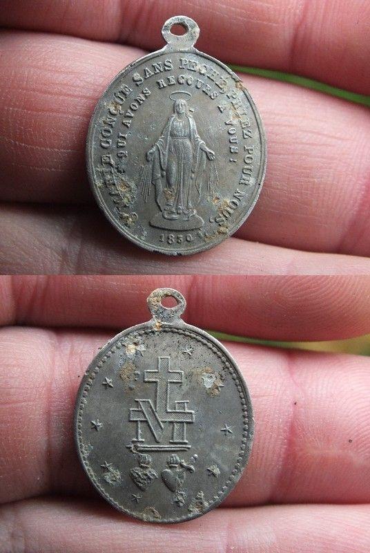 Medaille miraculeuse de la rue du Bac en alu 4b1da053