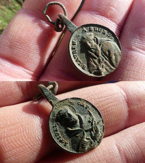Médaille St Laurent de Brindisi et St Fidele de Sigmaringen 827caf05