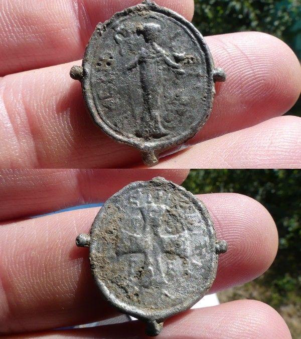 Medaille de Saint Benoit ou Medaille des Sorciers Fc888e01